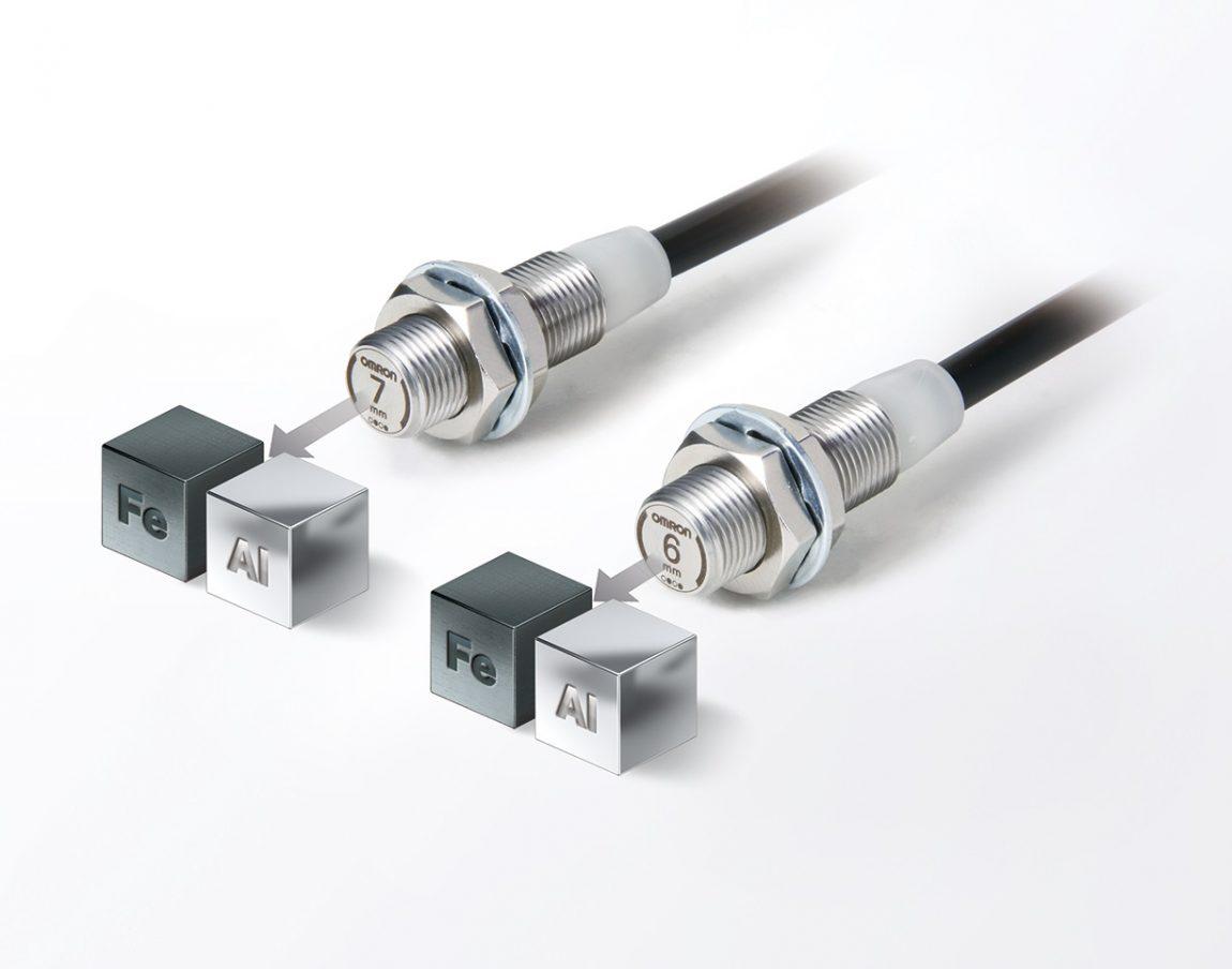 Spoľahlivá detekcia železa a hliníku s novými senzormi priblíženia OMRON rady E2EW s kovovou čelnou plochou